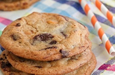 One Bowl Butterscotch Chocolate Chunk Cookies — Punchfork