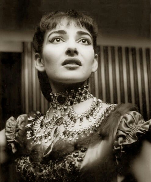 Maria callas in la traviata music pinterest - Callas casta diva ...