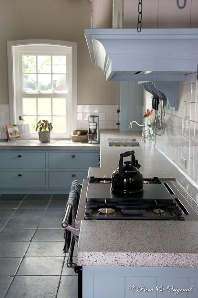 Keuken Kleur Muur : Blue Chalk Paint Kitchen