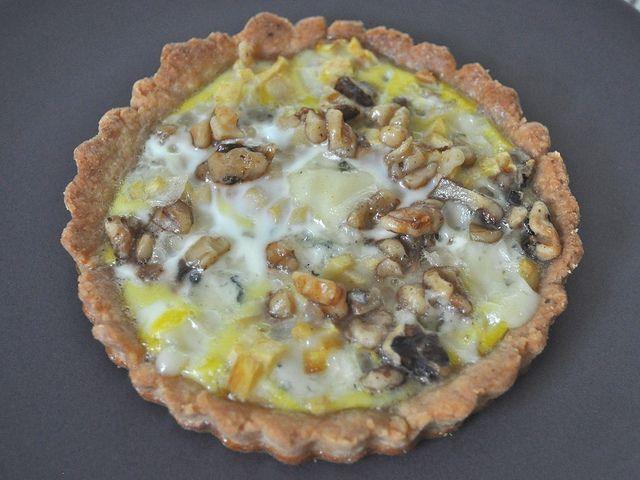 Apple & Gorgonzola Tart w/Walnuts
