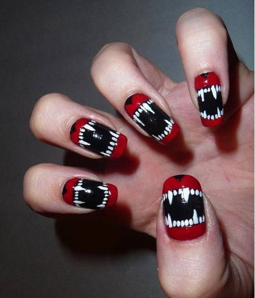 Halloween DIY Nail Art