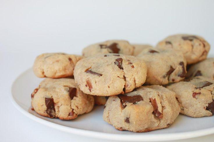 Flourless Chocolate Chunk Pecan Cookies (Paleo)@sara davis maybe good ...