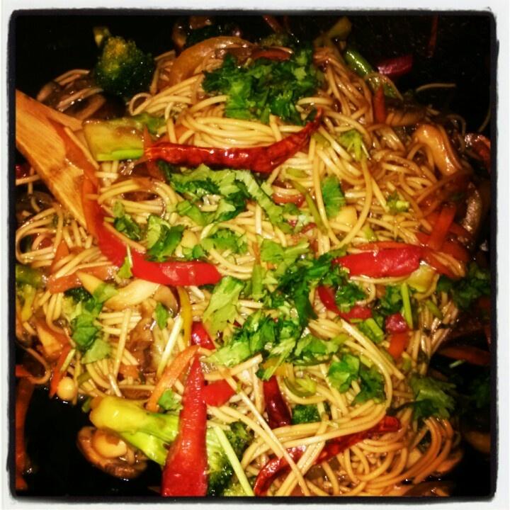 Thai Veggie Noodle Chili Stir Fry :) | V & V | Pinterest