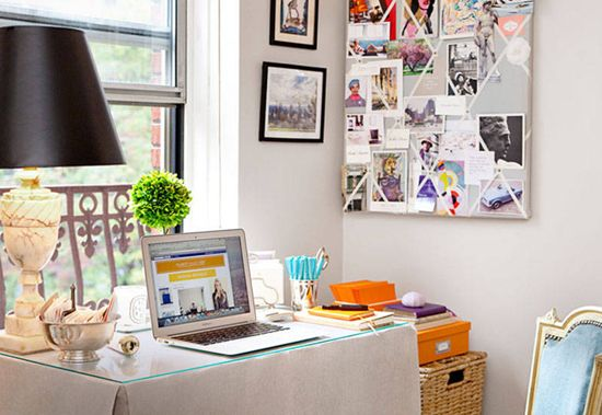 3 more ways to decorate your dorm room desk space