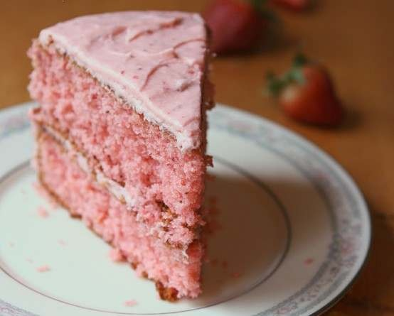 Mom's Frosty Strawberry Milk Cake | Desserts | Pinterest