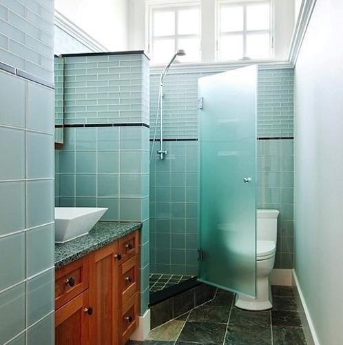 ... Bathroom Decorating with Beautiful Bathtub and Space Saving Sh