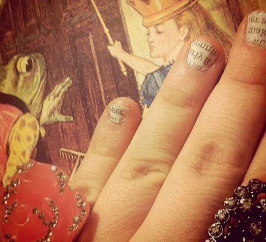 Newspaper Fingernails :)