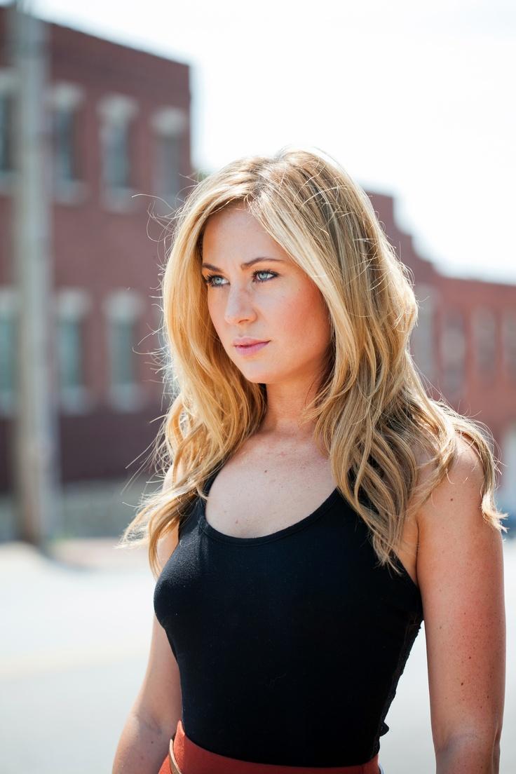 lighter around the face highlights! | Hair | Pinterest