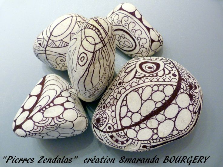 Painted stones by Zentangle, Smaranda Bourgery