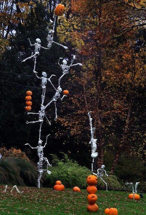 Halloween yard halloweeeeen pinterest for Halloween decoration yard