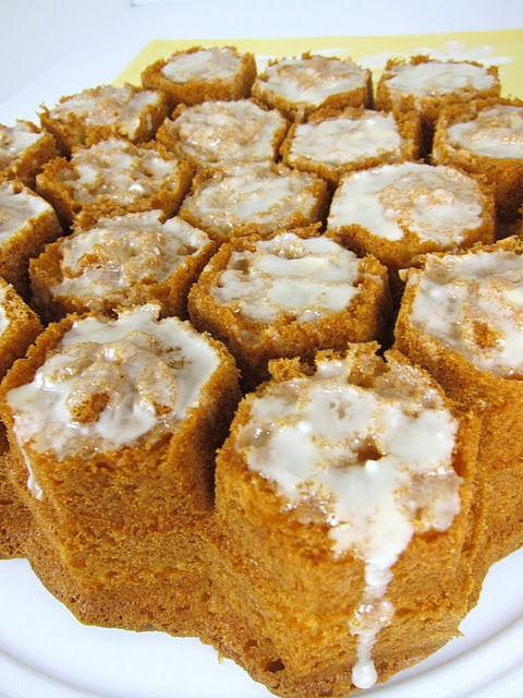 Amaretto Pound Cake | jUsT deSSeRts | Pinterest