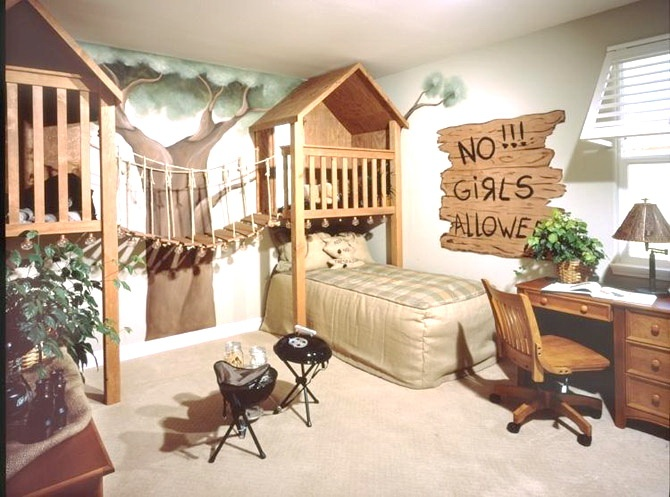 Camp/treehouse room – note 3D tree  maybe bookshelf built-ins over bed