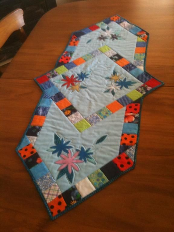 Pinterest Quilting Table Runners : Table Runner All Things Quilted Pinterest
