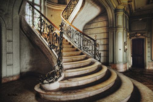 french chateau .... . sweeping staircase