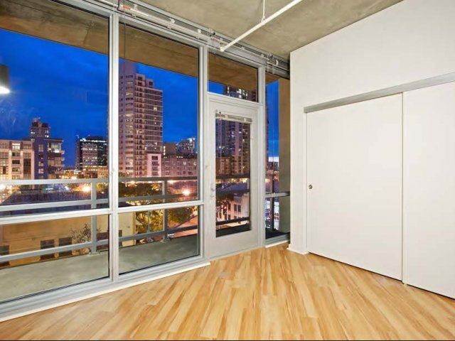 san diego ca 1 bedroom in a 2 bedroom apartment for 1 000 month 1 1