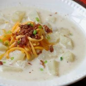 Slow Cooker Creamy Potato Soup | Mouthwatering Tasties | Pinterest