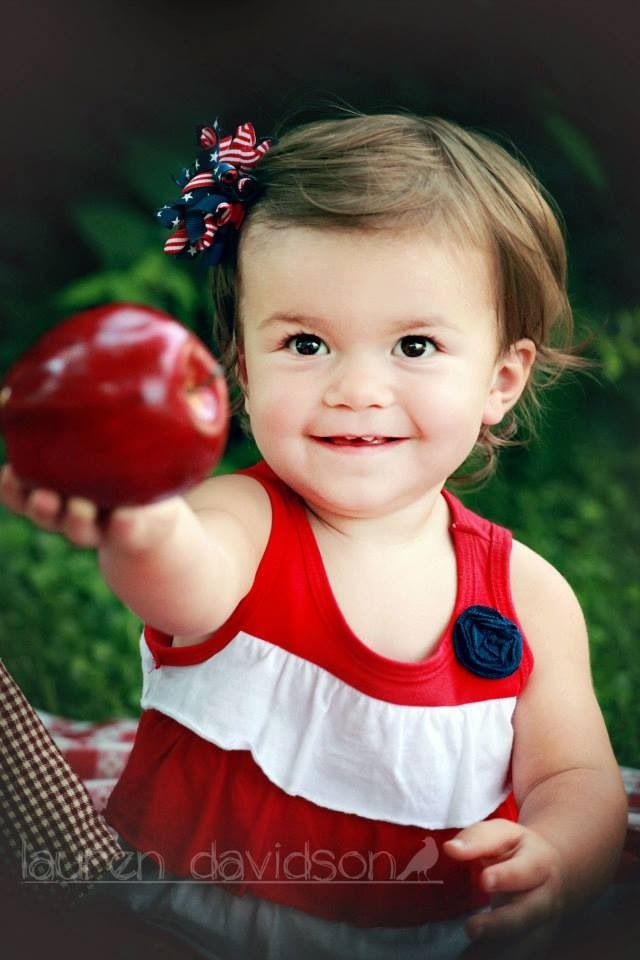 Pin by LaDa Designs & Photography on Infant/Toddler/Youth ... Toddler Girl Photography Ideas