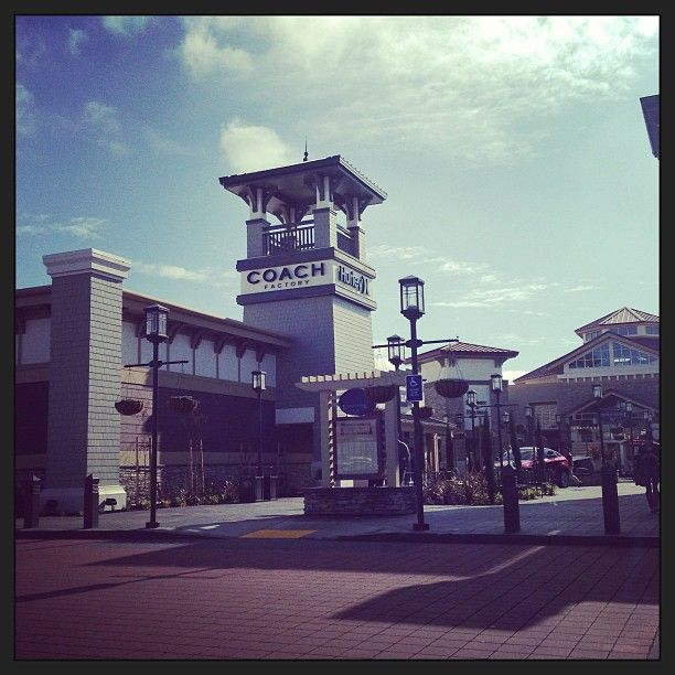 Livermore valley premium outlets