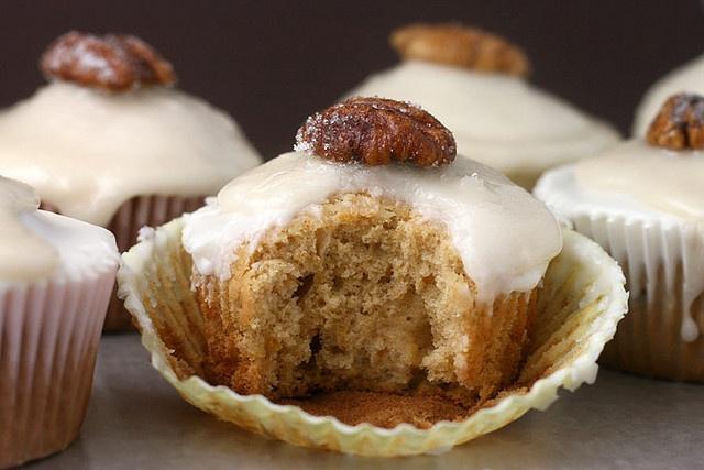 Bourbon Sweet Potato Cupcakes by Bakerella (I think a Gluten Free ...