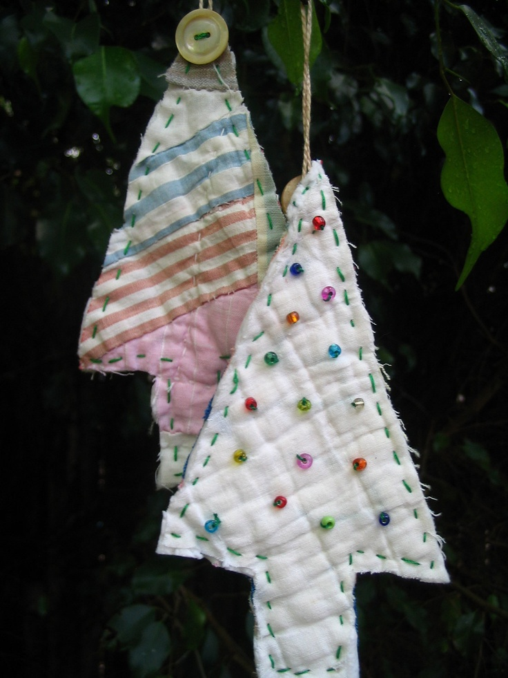 Christmas Tree Ornaments Quilted : Upcycled vintage quilt christmas tree ornaments