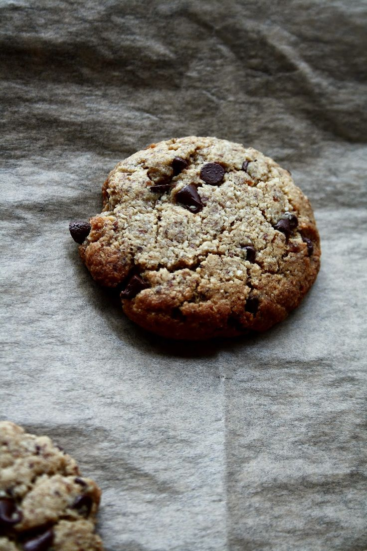 Grain-free chocolate chip cookies | Oh, Almonds