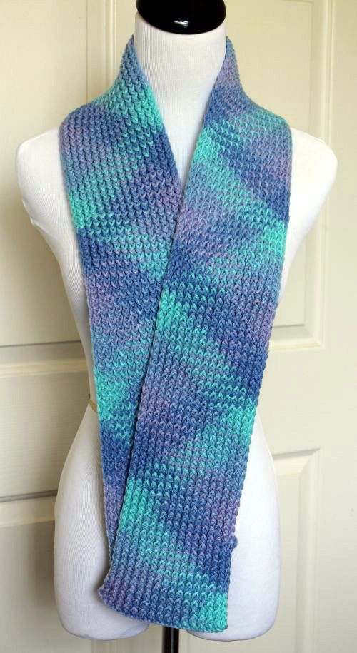 Knitting Loom Scarf : Multicolored short scarf loom knit