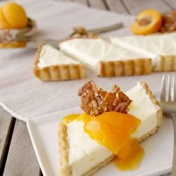 Honey almond mascarpone tart with a tangy apricot compote