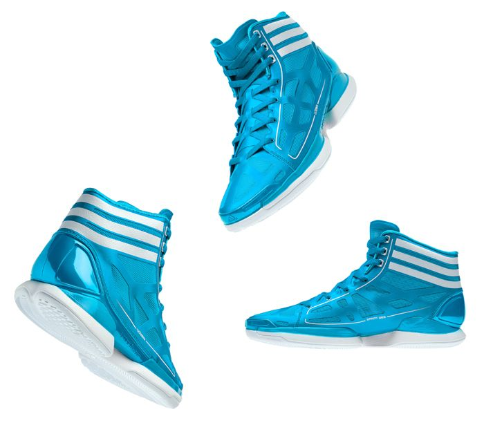 Lightest Basketball Shoes.... i saw a girl wearing these in a game