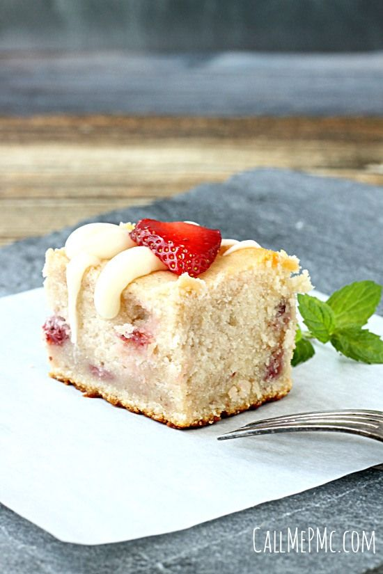 Fresh Strawberry Yogurt Cake - Call Me PMc