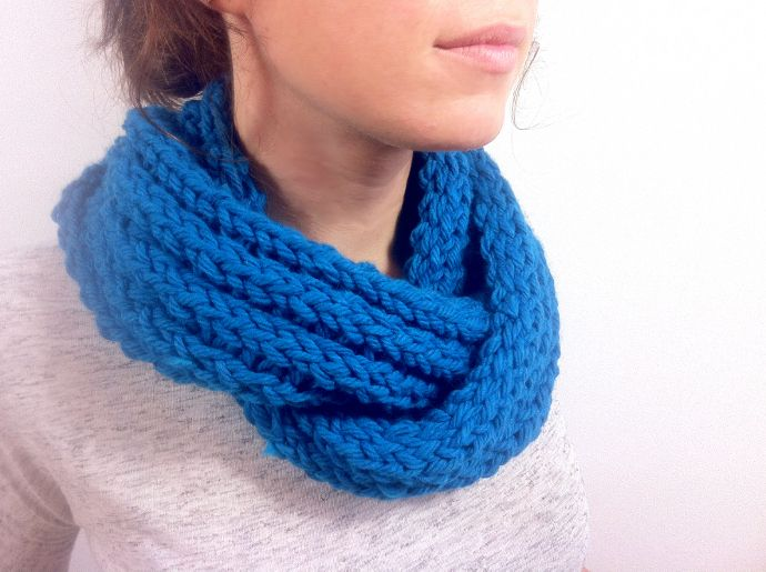 loom knitted Infinity scarf Con lana Pinterest