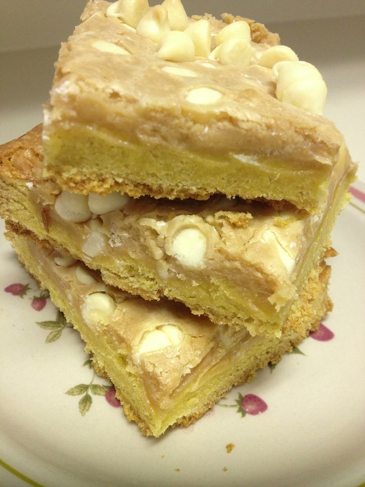 Gooey White Chocolate Fluffernutter Cake Bars Recipes — Dishmaps