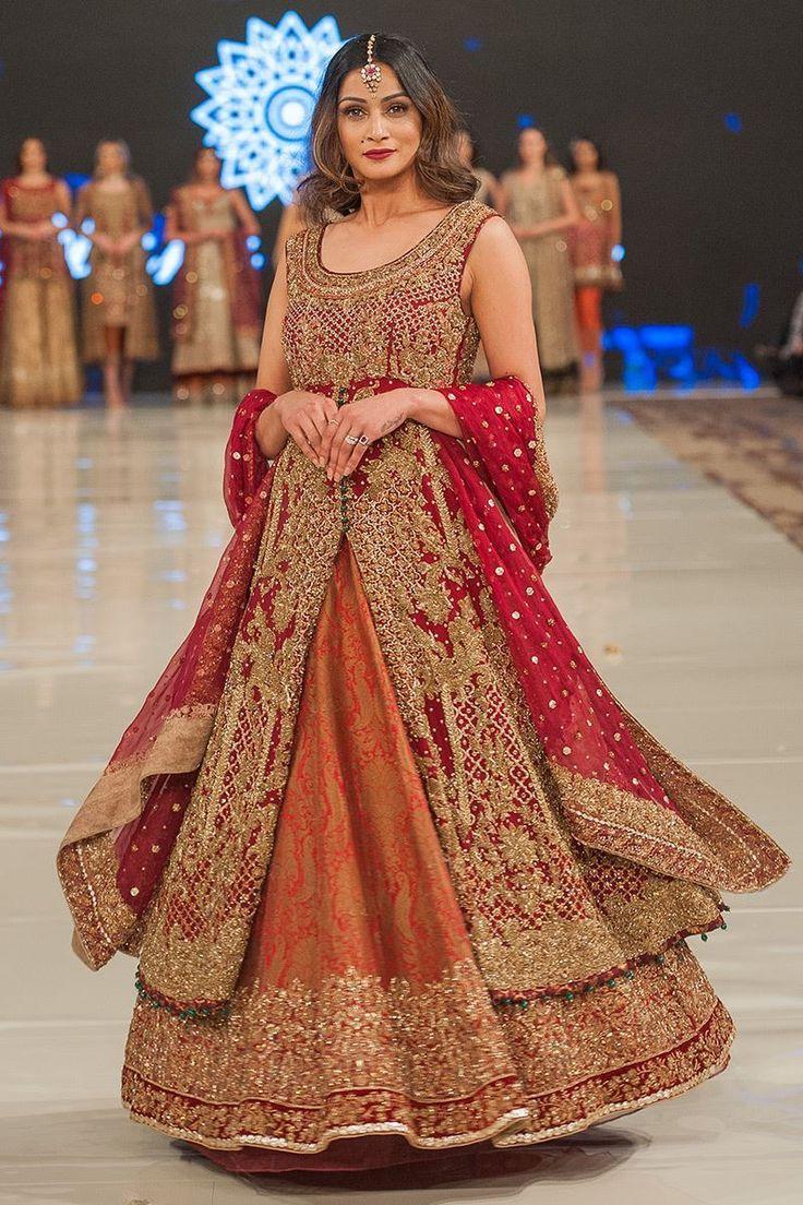 Aeisha varsey indian fashion show