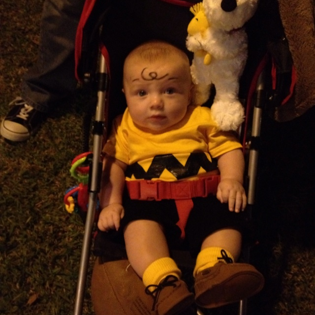 ... Baby Charlie Brown Halloween Costume Aiden  sc 1 st  Baby Bryone & Charlie Brown Infant Halloween Costume Ideas Photo Gallery - Baby Bryone