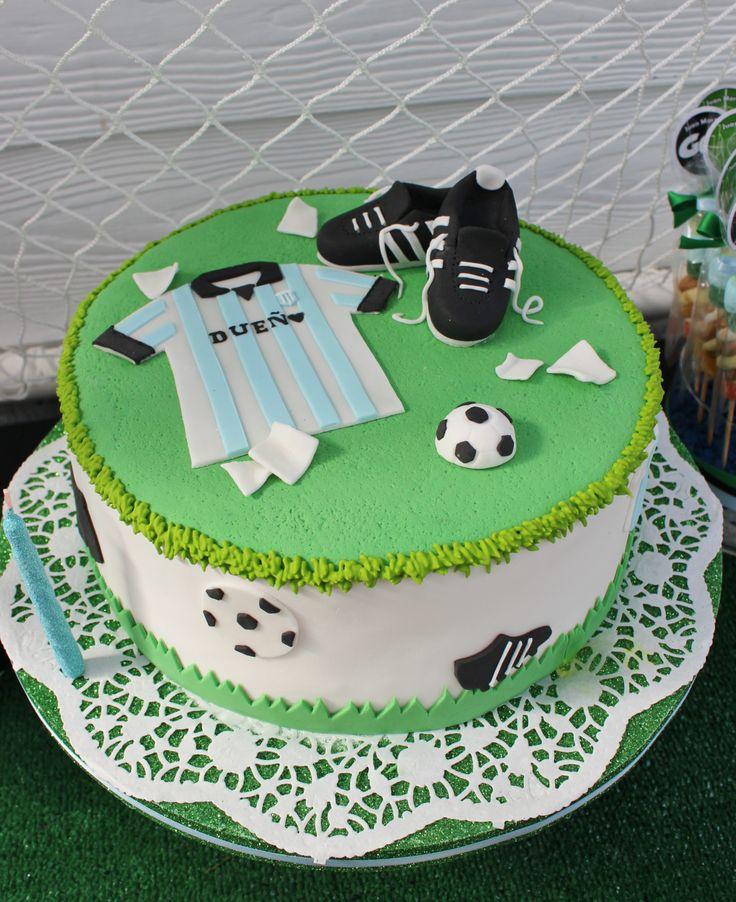 Футбольный торт на день рождения
