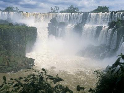 Los Tercios Waterfall, El Salvador