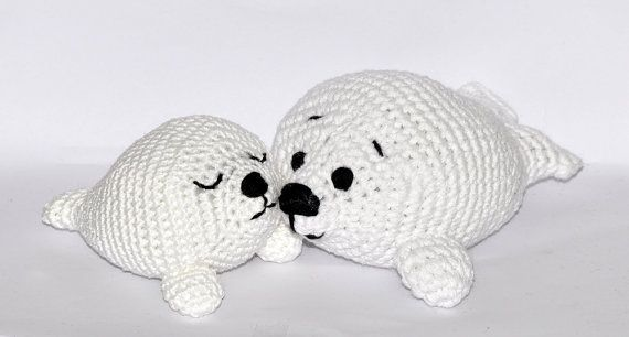 Crochet Amigurumi Seal : crochet pattern, amigurumi, baby seal - pdf, English or German