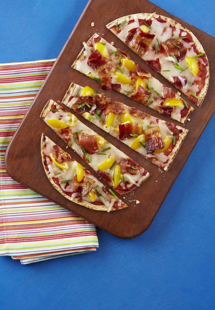 Jalapeno Bacon Tomato Flatbread #cookingwithfarmerjohn #spon