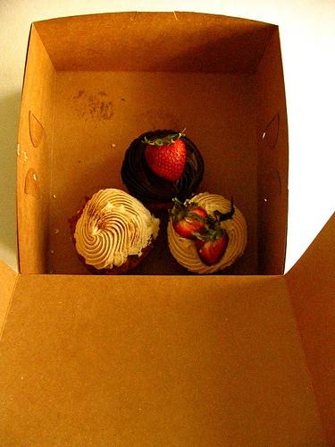 cupcakes Bleeding Heart Bakery Cupcakes   Cupcakes   Pinterest