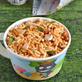 Spicy Rice Krispies snack mix. Takes less than 5 mins to make and is a ...