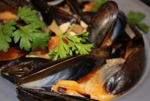 Mussels in a white wine saffron broth #caitlynskitchen
