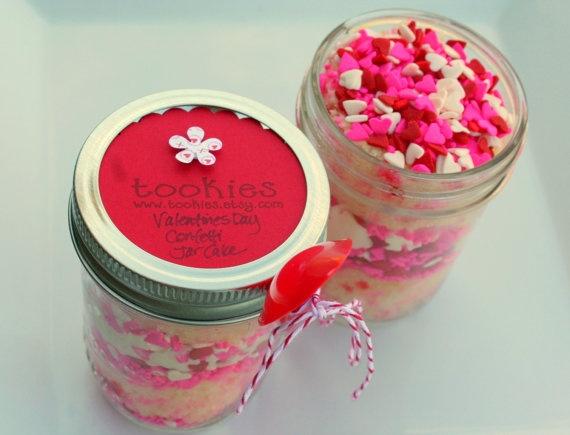 valentine vanilla cupcakes