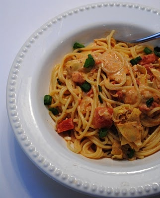 spaghetti with Artichoke hearts and tomatoes. From the blog Mrs. D ...