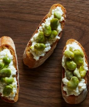 Fava Bean and Fresh Ricotta Crostini from the Daily Meal