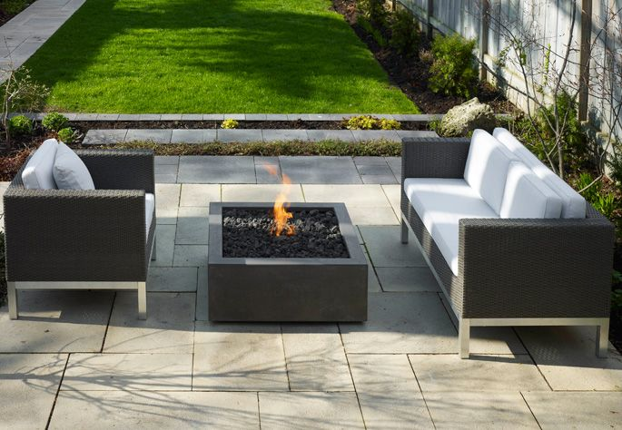 Modern outdoor fire pits patios pinterest for Outdoor modern fire pit