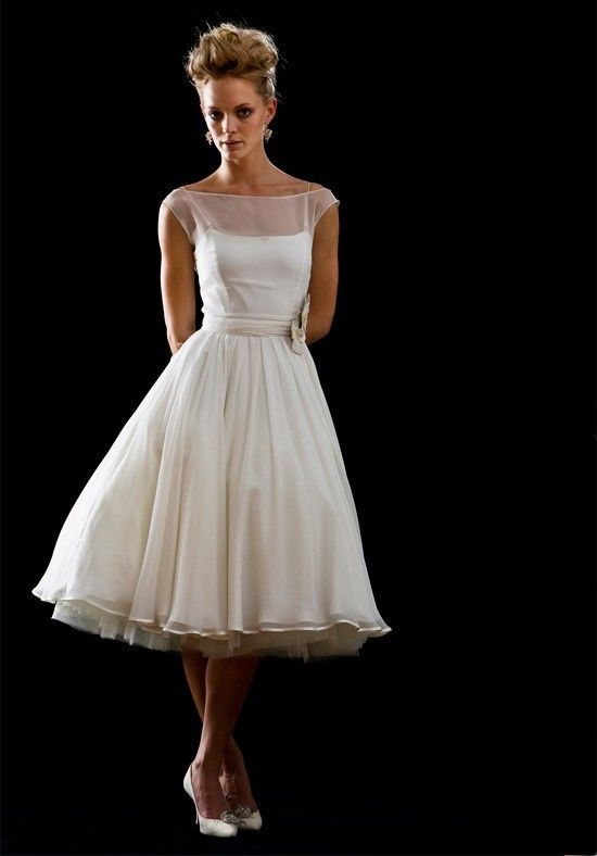 Tea length wedding dress vintage retro style for Vintage wedding dresses tea length