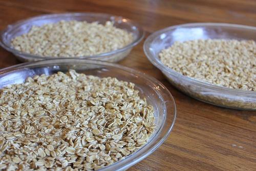 Freezer-Friendly Baked Oatmeal from moneysavingmom.com