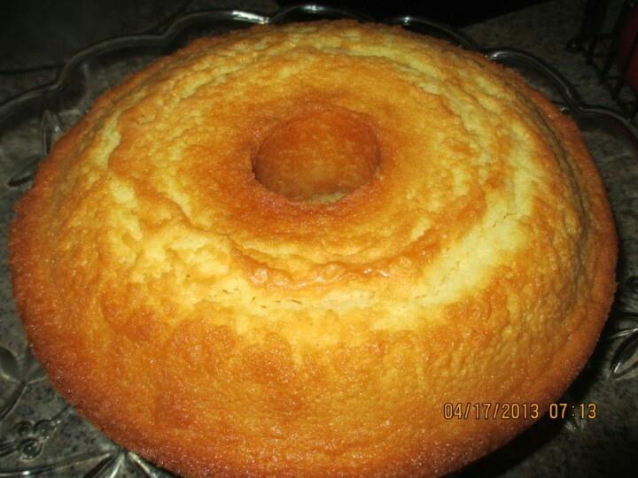 Cream cheese pound cake | Recipes | Pinterest