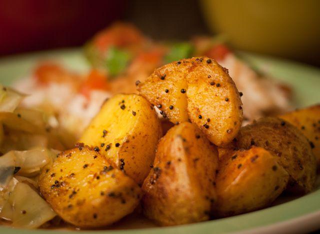 Aloo Fry (Pan Fried Potatoes) | Foody Goody | Pinterest