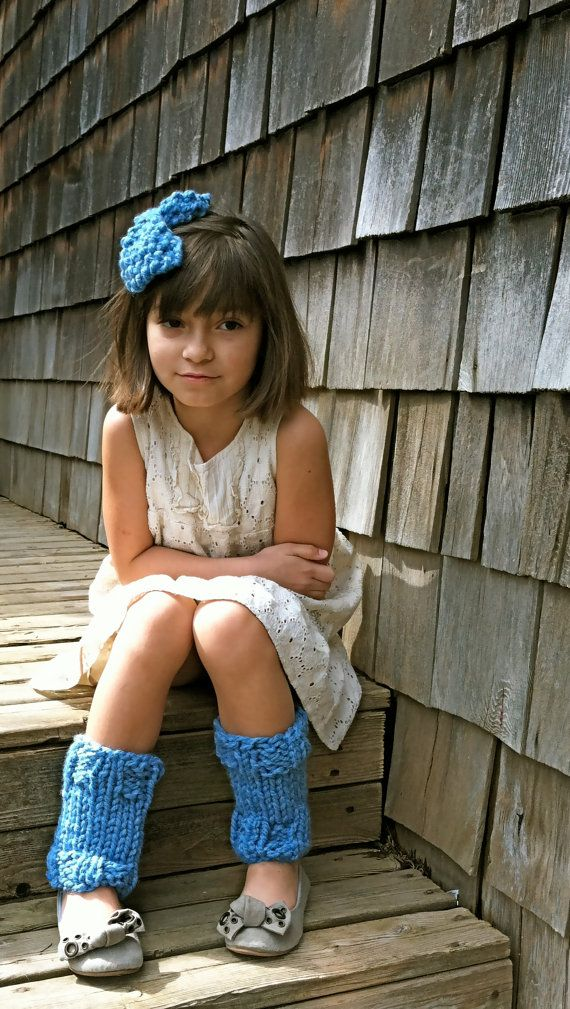 At Little Girl Mart we offer a large fashionable selection of leg warmers for babies and toddlers for all occasions, including pink chiffon everyday must haves to leopard and zebra print leg warmers, polka dots, stripes, circles, flower leg warmers.