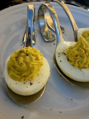 Wasabi Deviled Eggs | Appetizers and Snacks | Pinterest